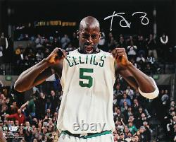 Celtics Kevin Garnett Authentic Signed 16x20 Horizontal Photo BAS Witnessed