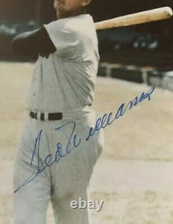 Hof Ted Williams Signed Auto 8x10 Pic Photo Red Sox Beckett Slabbed Authentic
