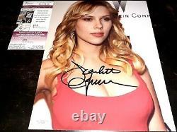 Scarlett Johansson Signed 8x10 Photo JSA COA Sexy Authentic Autograph Avengers