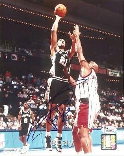 TIM DUNCAN signed 8x10 Photo Basketball San Antonio Spurs JSA Authenticated