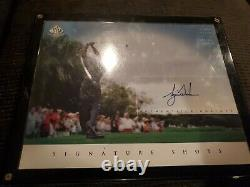 Tiger Woods Signed 8x10 UDA Upper Deck Authenticated Signature Shots
