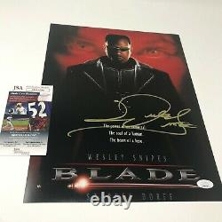 Wesley Snipes hand signed 11x14 Blade Photo with JSA authenticated COA D