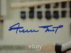 Willie Mays Jsa Signed 11x14 Photograph Autograph Certified Authentic, Mint