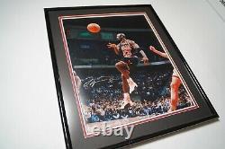 4 Michael Jordan Signé / Upper Deck Authentifié 16x20 Photographie Encadrée(s)