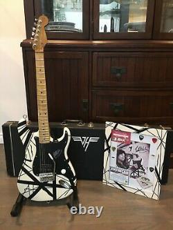 80s Evh Signed Guitar/custom Framed Signed Pic (certificat D'authenticité)