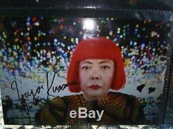 Authentique Signé Rare Yayoi Kusama (avec 2) Photo De Icon Dur Pour Obtenir