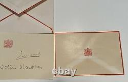 Carte De Noël Signée À La Main Et À La Photo Du Duc Et De La Duchesse De Windsor