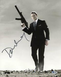 Daniel Craig Signé 11x14 Photo James Bond 007 Authentic Autograph Beckett Coa W