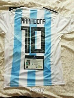 Diego Maradona & Messi A Signé Un Certificat D'authenticité Et Une Preuve De Photo