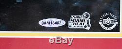 Heat Lebron James Authentique Signé Avec Cadre 20x24 Photo Dédicacée Uda # Bam13482
