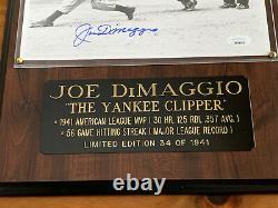Joe Dimaggio Signé Autographe 8x10 Photo/plaque 34/1941 Jsa Loa Livraison Gratuite