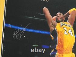 Kobe Bryant Encadré Et Dédicacé Signé 16x20 Photo Panini Hologram Authentique
