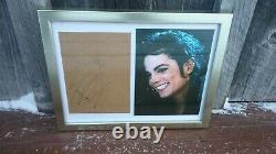 Michael Jackson Authentique Autographié Signé Enveloppe Papier Couleur Photo Dans Le Cadre