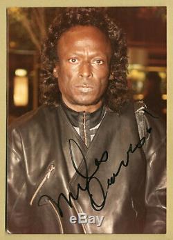 Miles Davis (1926-1991) Rare Authentique Signée Photo Originale Des Années 80 Paris Coa