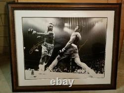 Muhammad Ali / Joe Frazier Dual Signé 30x40 Photo Coa En Ligne Authentics Encadré