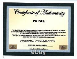 Prince Music Artist Signé Photo Autographiée Avec Certificat D'authenticité