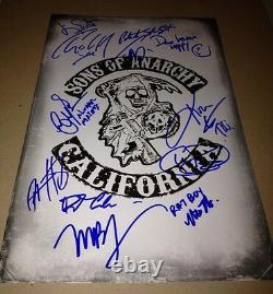 Sons Of Anarchy Cast(x12) Authentique Signé À La Main 11x17 Photo (charlie Hunnam)proof