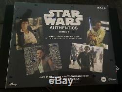 Star Wars 2019 Topps Authentics Série 2 Photo Autographiée Étanche Hobby Carte Box
