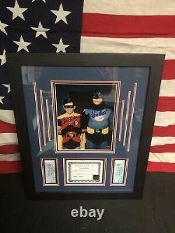 Super Rare Adam West, Burt Ward Signé Batman & Robin Photo Authentique