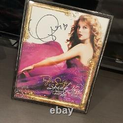 Taylor Swifr Authentic Autographed 8x10 Speak Now World Tour Photo Hand Signé