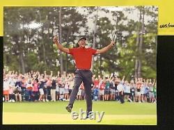 Tiger Woods Signé 2019 Masters Drapeau Avec 8x10 Photo Deck Supérieur Authentifié