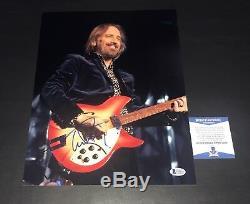 Tom Petty Free Fallin Signé 11x14 Photo Authentique Autograph Beckett Bas Coa